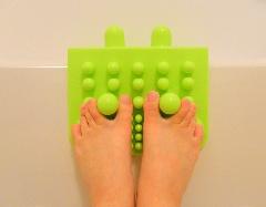 外反母趾の予防に指先のストレッチ