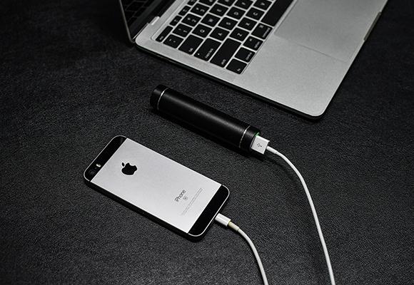 モバイルバッテリーの機能も